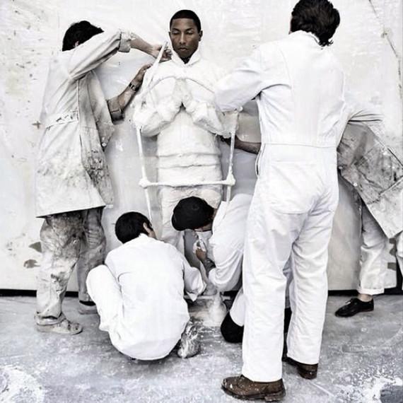 daniel-arsham-pharrell-williams-collaboration-for-g-i-r-l-exhbibition-02-570x570