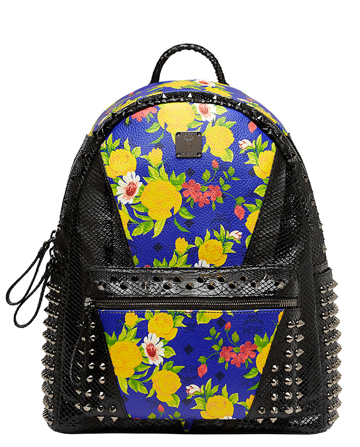 Blume-Paradiso-Flower-Visetos-Backpack-Blue-Black-Studs