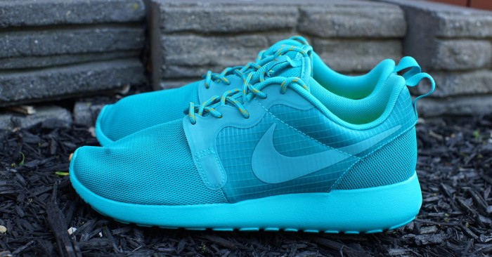 nike-roshe-run-hyp-turbo-green1-700x366