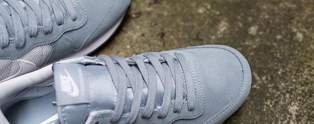 """quality design c6bc0 01158 NIKE WMNS Internationalist """"Dove Grey""""   SCARLETB O D E G A"""