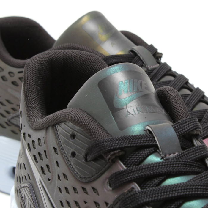 Nike-Air-Max-90-Ultra-Moire-5